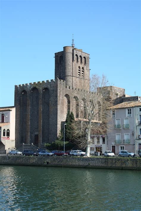 Agde Cathedral - Wikipedia